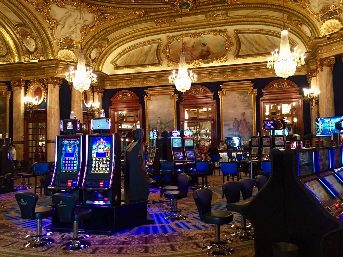 Monte Carlo - 18672