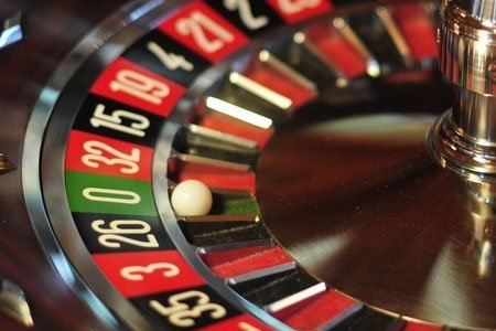 Spelar rysk roulette - 6818