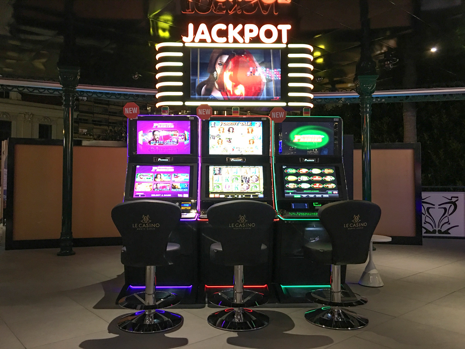 Casinos with - 73203
